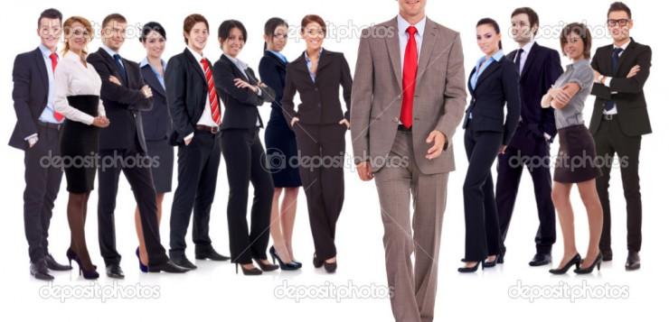 Pesquisa indica que homens que andam eretos são mais atraentes.